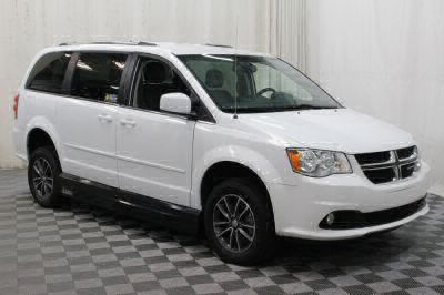 2017 Dodge Grand Caravan Wheelchair Van For Sale -- Thumb #11