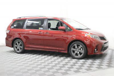 New 2018 Toyota Sienna SE Premium Wheelchair Van