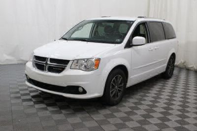 2017 Dodge Grand Caravan Wheelchair Van For Sale -- Thumb #7