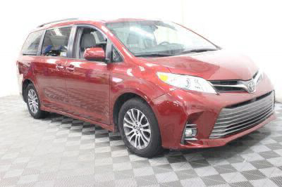 Commercial Wheelchair Vans for Sale - 2019 Toyota Sienna XLE ADA Compliant Vehicle VIN: 5TDYZ3DC2KS970771