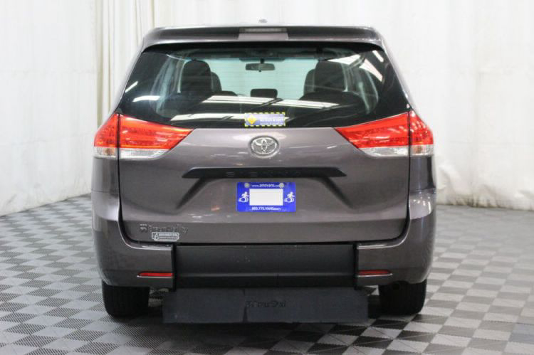 2014 Toyota Sienna L Wheelchair Van For Sale #12