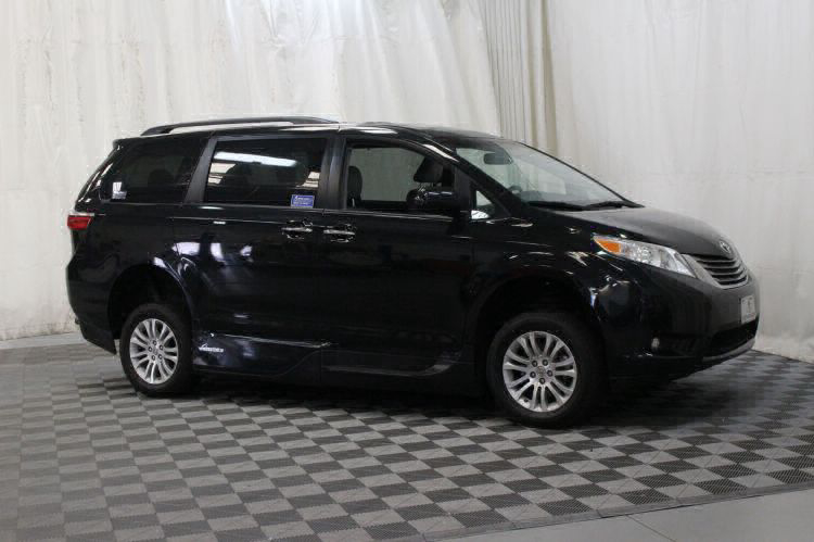 2016 Toyota Sienna XLE Wheelchair Van For Sale #5