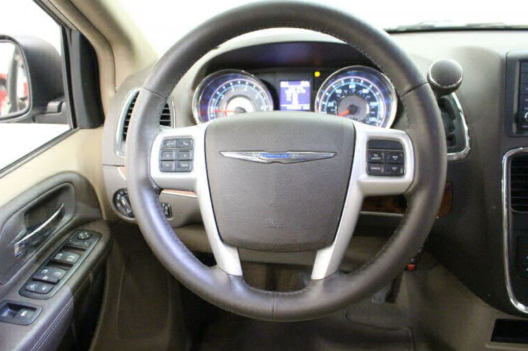 2014 Chrysler Town and Country Touring-L Wheelchair Van For Sale #11
