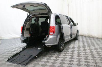 Used 2017 Dodge Grand Caravan SXT Wheelchair Van