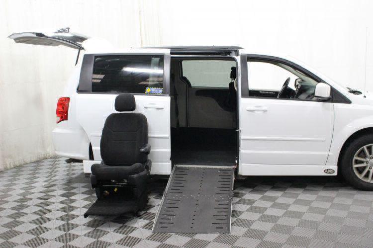 2015 Dodge Grand Caravan SXT Wheelchair Van For Sale #9