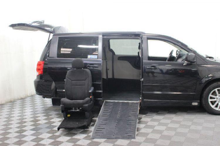 2015 Dodge Grand Caravan SXT Wheelchair Van For Sale #10