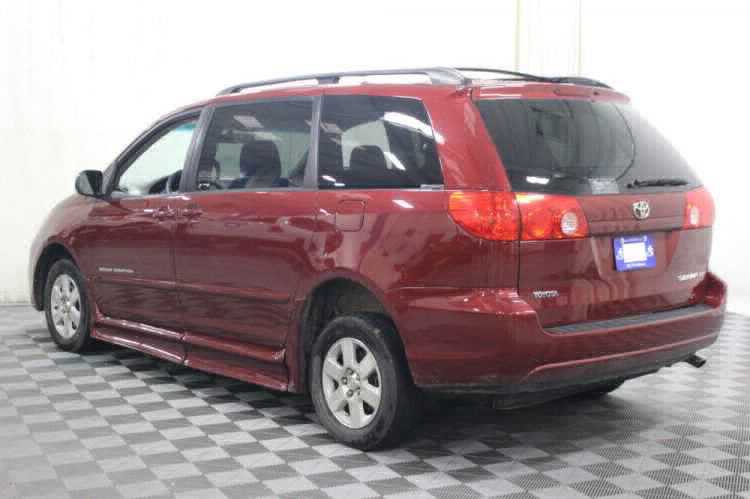 2010 Toyota Sienna LE Wheelchair Van For Sale #18