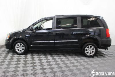 2011 Chrysler Town and Country Wheelchair Van For Sale -- Thumb #13