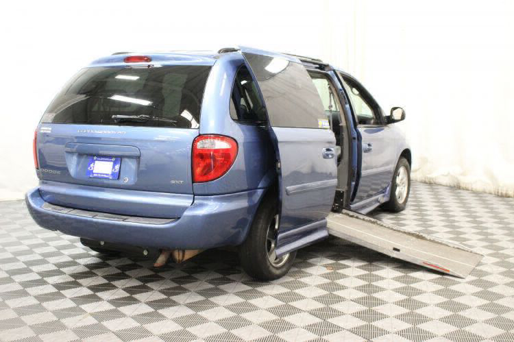 2007 Dodge Grand Caravan SXT SXT Wheelchair Van For Sale #2