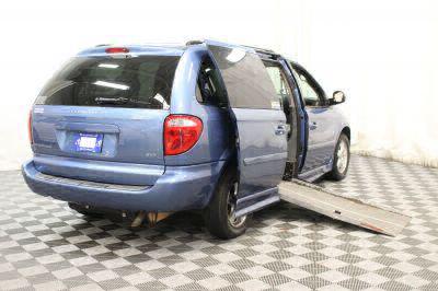 2007 Dodge Grand Caravan SXT Wheelchair Van For Sale -- Thumb #2