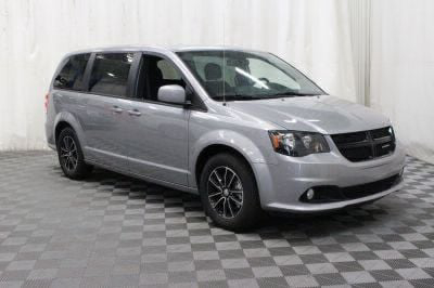 Commercial Wheelchair Vans for Sale - 2018 Dodge Grand Caravan SE Plus ADA Compliant Vehicle VIN: 2C4RDGBG0JR198584