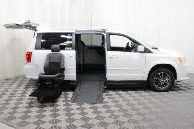 2017 Dodge Grand Caravan Wheelchair Van For Sale -- Thumb #10