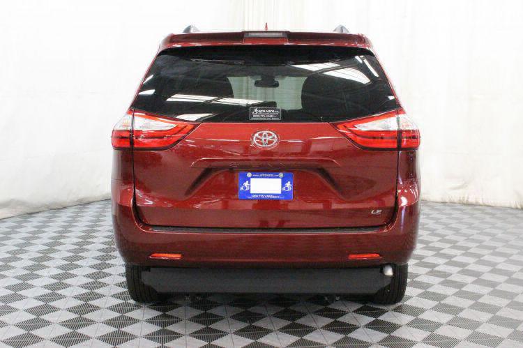 2018 Toyota Sienna LE Wheelchair Van For Sale #19