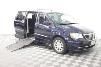 Used Wheelchair Van for Sale - 2014 Chrysler Town & Country Touring Wheelchair Accessible Van VIN: 2C4RC1BG2ER399358