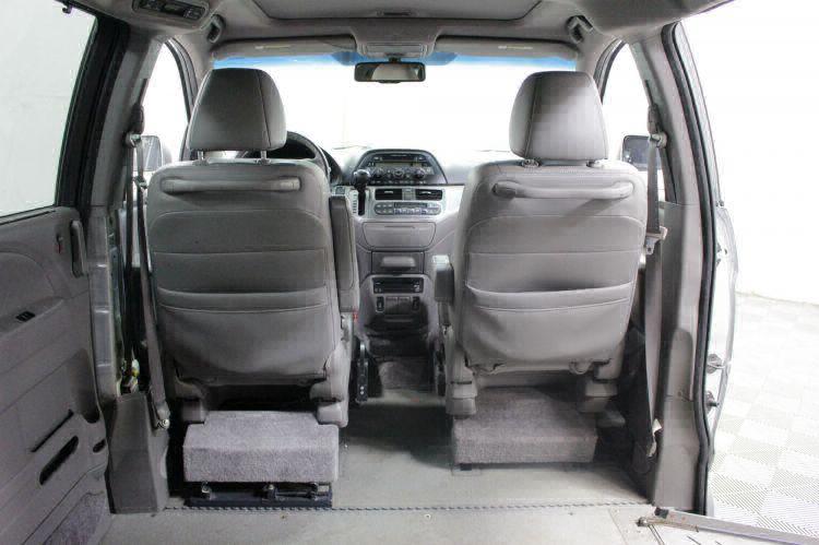 2010 Honda Odyssey EX-L w/DVD Wheelchair Van For Sale #5
