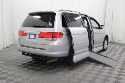 Used 2010 Honda Odyssey EX-L w/DVD Wheelchair Van