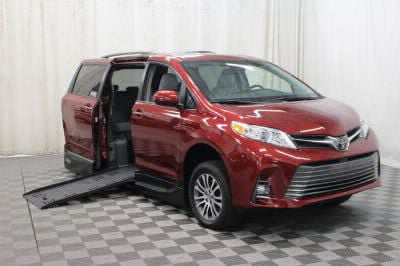 New Wheelchair Van for Sale - 2019 Toyota Sienna XLE Wheelchair Accessible Van VIN: 5TDYZ3DC6KS010899
