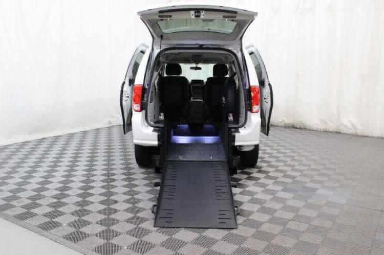 2015 Dodge Grand Caravan SXT Wheelchair Van For Sale #3