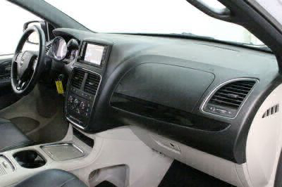 2017 Dodge Grand Caravan Wheelchair Van For Sale -- Thumb #33