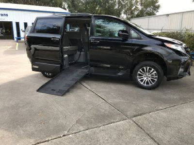New Wheelchair Van for Sale - 2018 Toyota Sienna XLE Wheelchair Accessible Van VIN: 5TDYZ3DCXJS928458