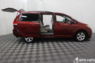 2013 Toyota Sienna Wheelchair Van For Sale -- Thumb #5
