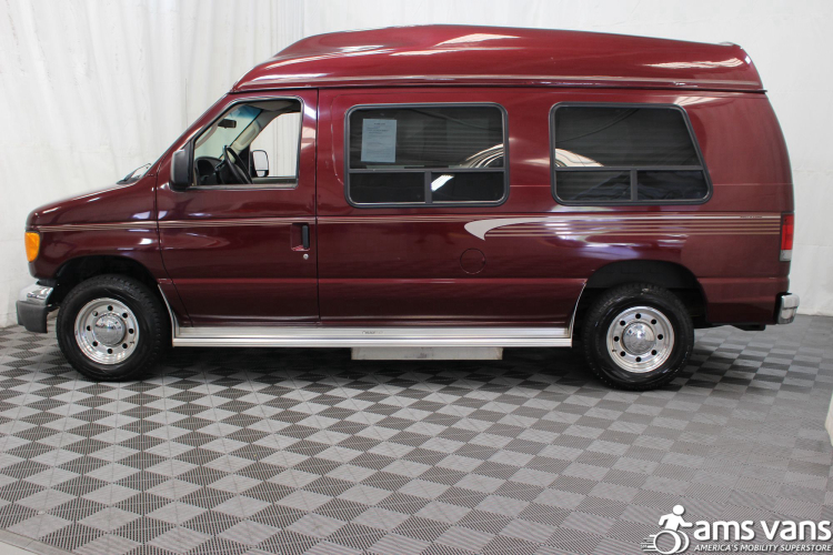 2005 Ford E-Series Chassis E-250 SD Wheelchair Van For Sale #18