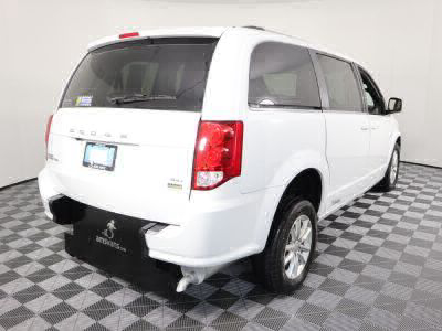 2018 Dodge Grand Caravan Wheelchair Van For Sale -- Thumb #29
