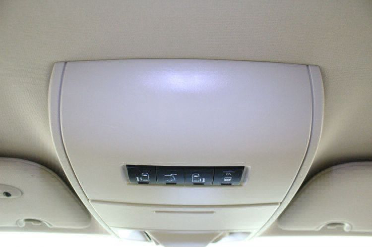 2014 Chrysler Town and Country Touring-L Wheelchair Van For Sale #18