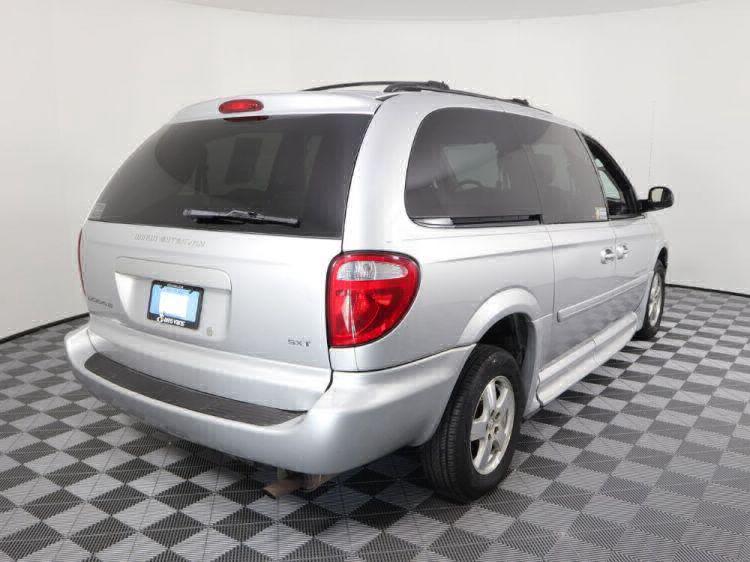 2006 Dodge Grand Caravan SXT Wheelchair Van For Sale #18