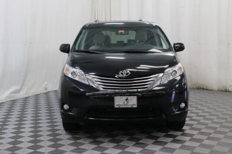 2016 Toyota Sienna XLE Wheelchair Van For Sale #12
