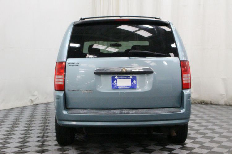 2008 Chrysler Town and Country Touring Wheelchair Van For Sale #5