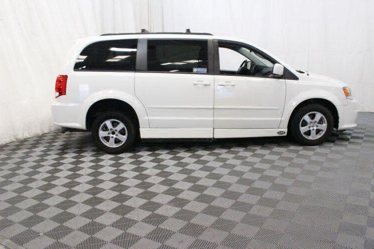 2012 Dodge Grand Caravan SXT Wheelchair Van For Sale #11
