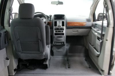 2009 Chrysler Town and Country Wheelchair Van For Sale -- Thumb #9