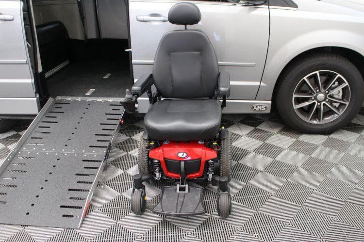 2017 Dodge Grand Caravan SXT Wheelchair Van For Sale #39