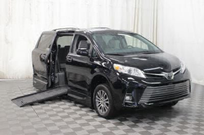 New Wheelchair Van for Sale - 2018 Toyota Sienna XLE Wheelchair Accessible Van VIN: 5TDYZ3DC1JS935928