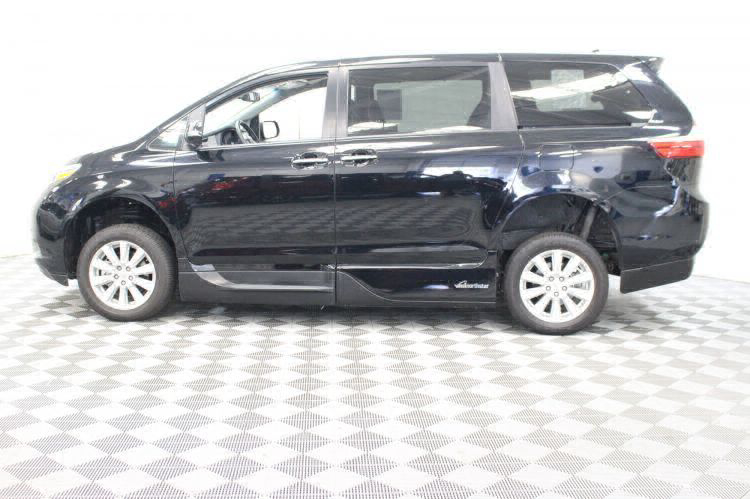 2017 Toyota Sienna Limited Wheelchair Van For Sale #19