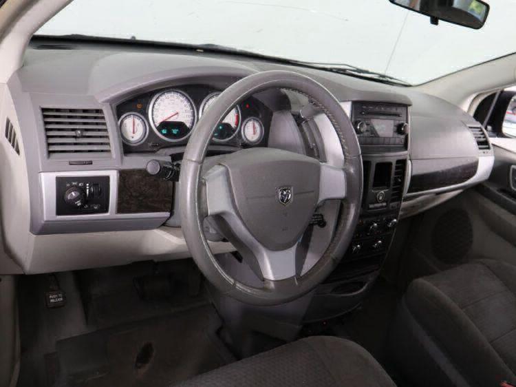 2010 Dodge Grand Caravan SXT Wheelchair Van For Sale #7