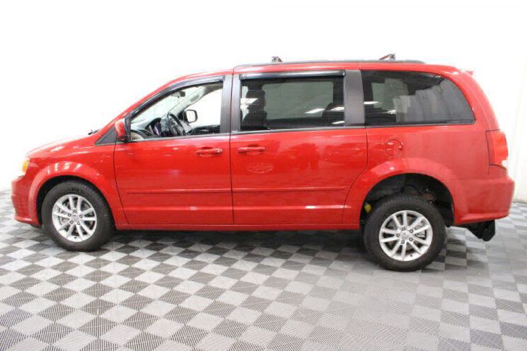 2014 Dodge Grand Caravan SXT Wheelchair Van For Sale #17
