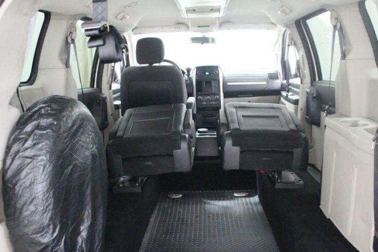 2008 Dodge Grand Caravan SXT Wheelchair Van For Sale #9