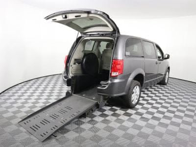 Used Wheelchair Van for Sale - 2015 Dodge Grand Caravan SE Wheelchair Accessible Van VIN: 2C4RDGBG1FR635046