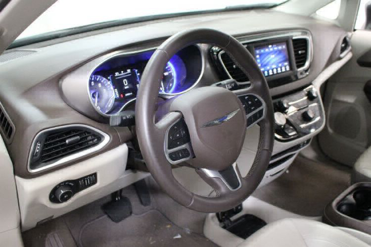 2018 Chrysler Pacifica Touring L Wheelchair Van For Sale #18