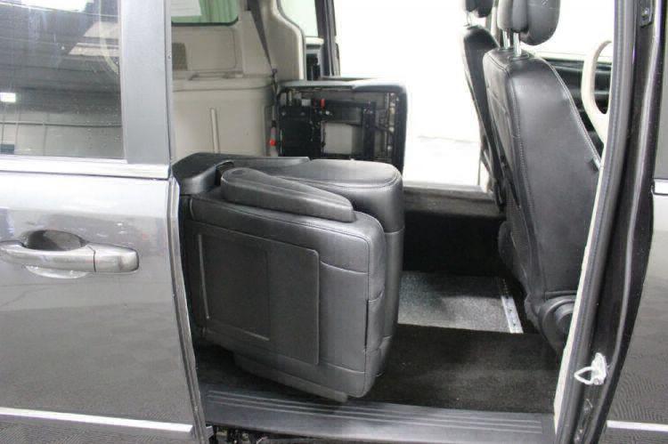 2017 Dodge Grand Caravan SXT Wheelchair Van For Sale #30