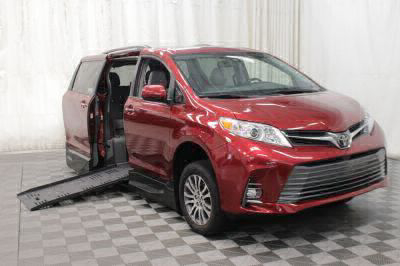 New Wheelchair Van for Sale - 2019 Toyota Sienna XLE Wheelchair Accessible Van VIN: 5TDYZ3DC1KS971703