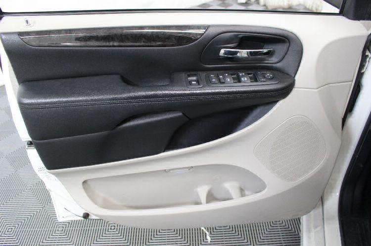2013 Dodge Grand Caravan SXT Wheelchair Van For Sale #15