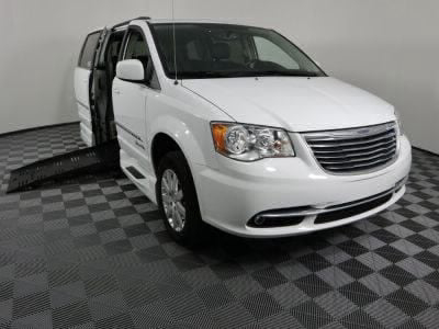 Used Wheelchair Van for Sale - 2016 Chrysler Town & Country Touring Wheelchair Accessible Van VIN: 2C4RC1BG4GR118468