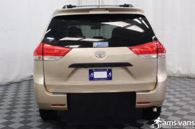 2011 Toyota Sienna Wheelchair Van For Sale -- Thumb #9