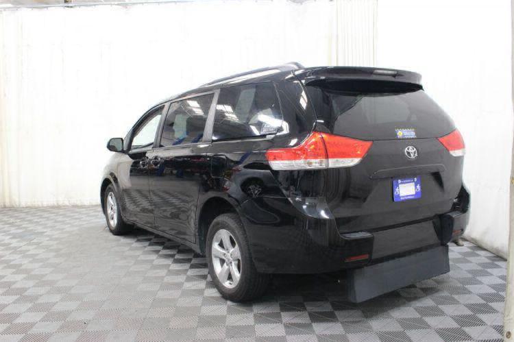 2014 Toyota Sienna LE Wheelchair Van For Sale #9