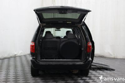 2004 Chrysler Town and Country Wheelchair Van For Sale -- Thumb #5
