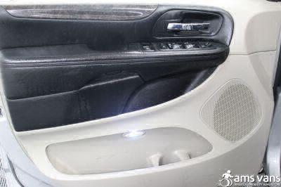 2011 Dodge Grand Caravan Wheelchair Van For Sale -- Thumb #17