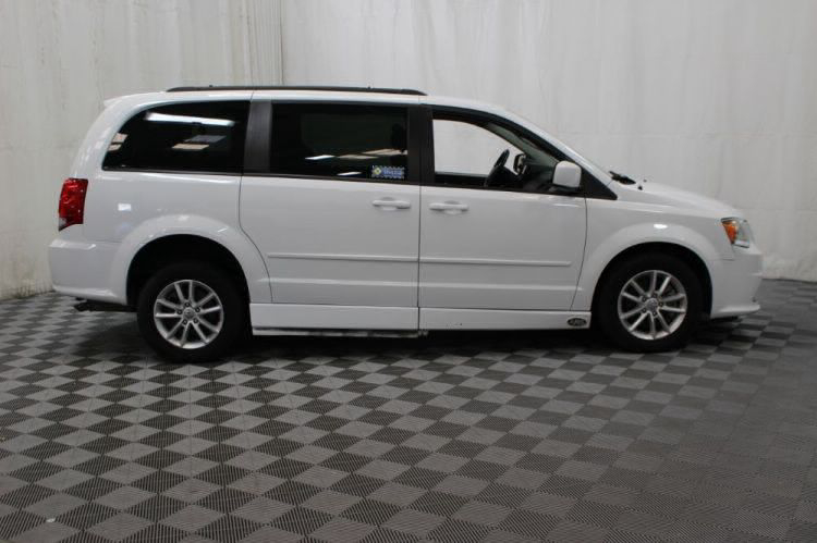 2015 Dodge Grand Caravan SXT Wheelchair Van For Sale #4
